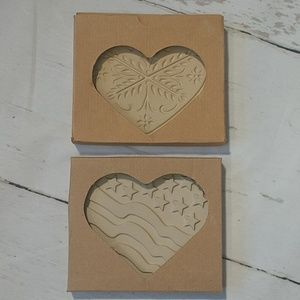Pampered Chef Stoneware Mold Set of 2